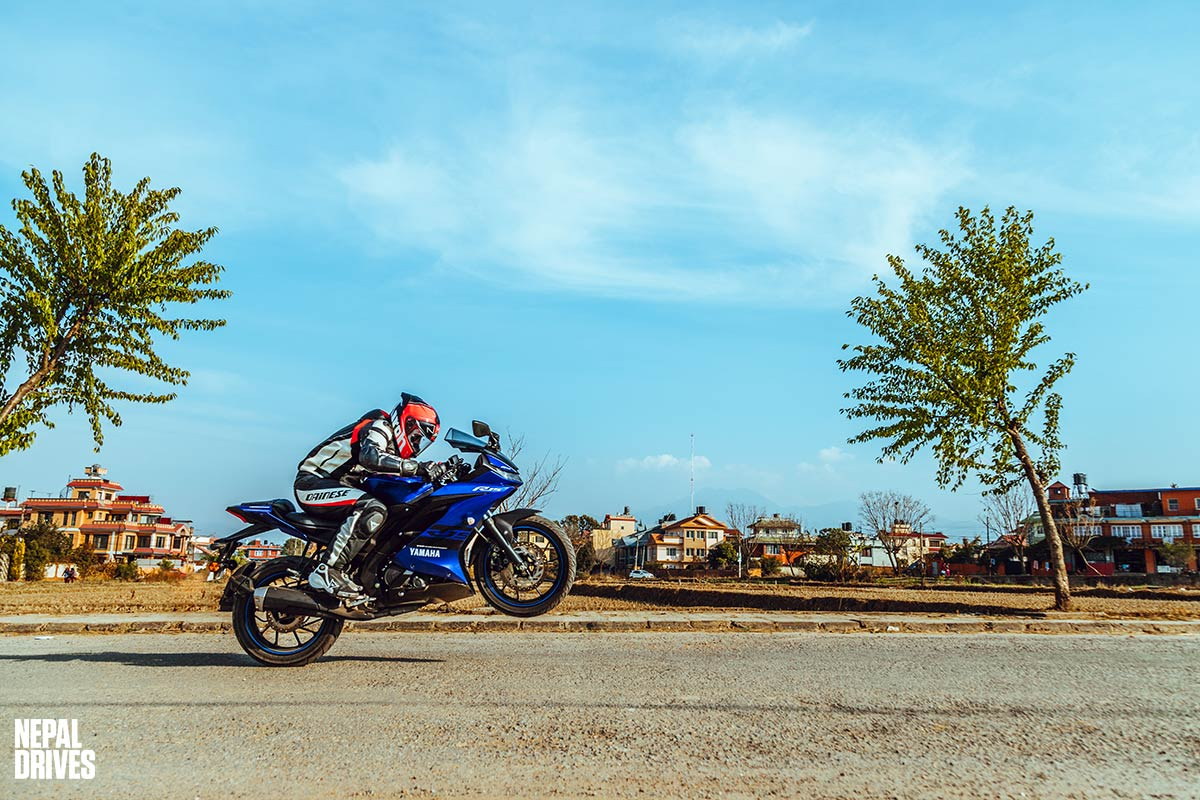 Yamaha R15 V3: Speed Mentality | Test Drive, Review