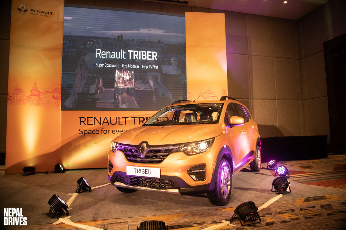 Renault Triber Launched At Rs 28 20 Lakhs All You Need To Know And Variant Details