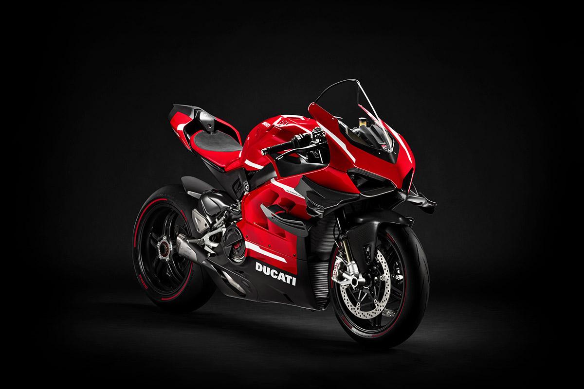 01 Ducati Superleggera V4 UC145951 High