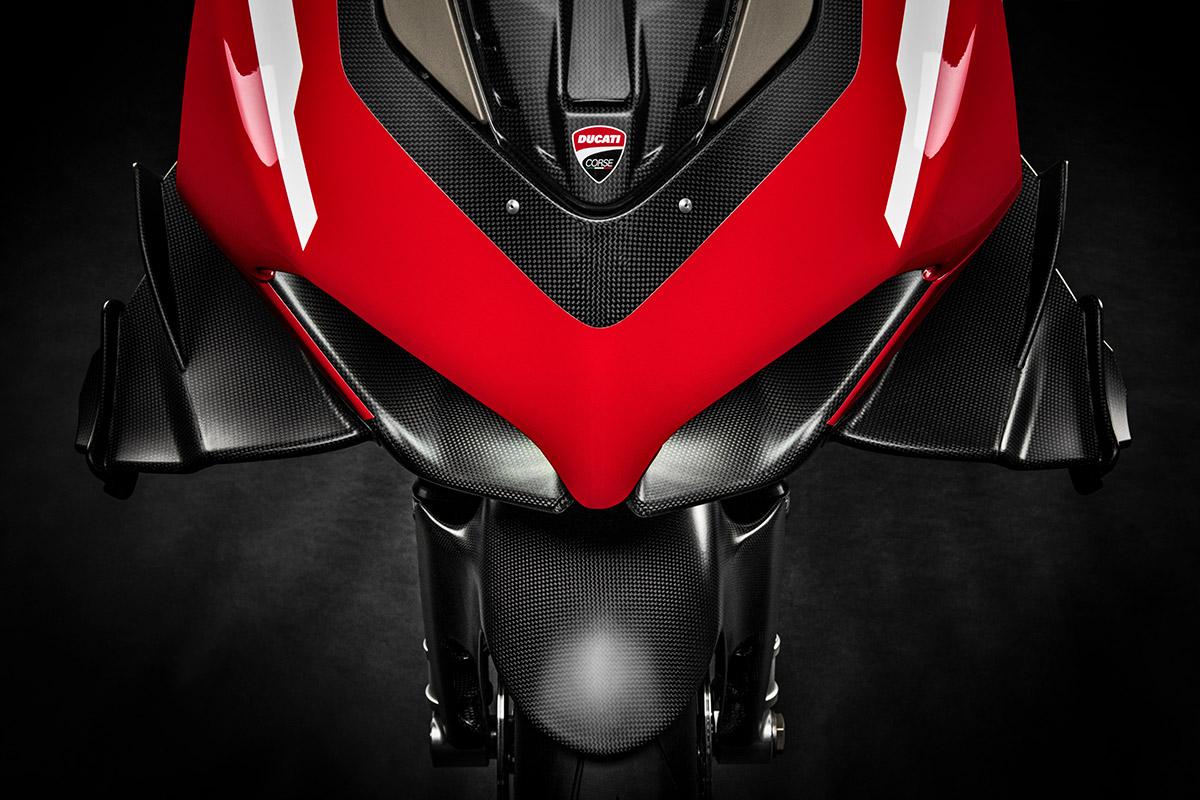 06 Ducati Superleggera V4 UC145959 High