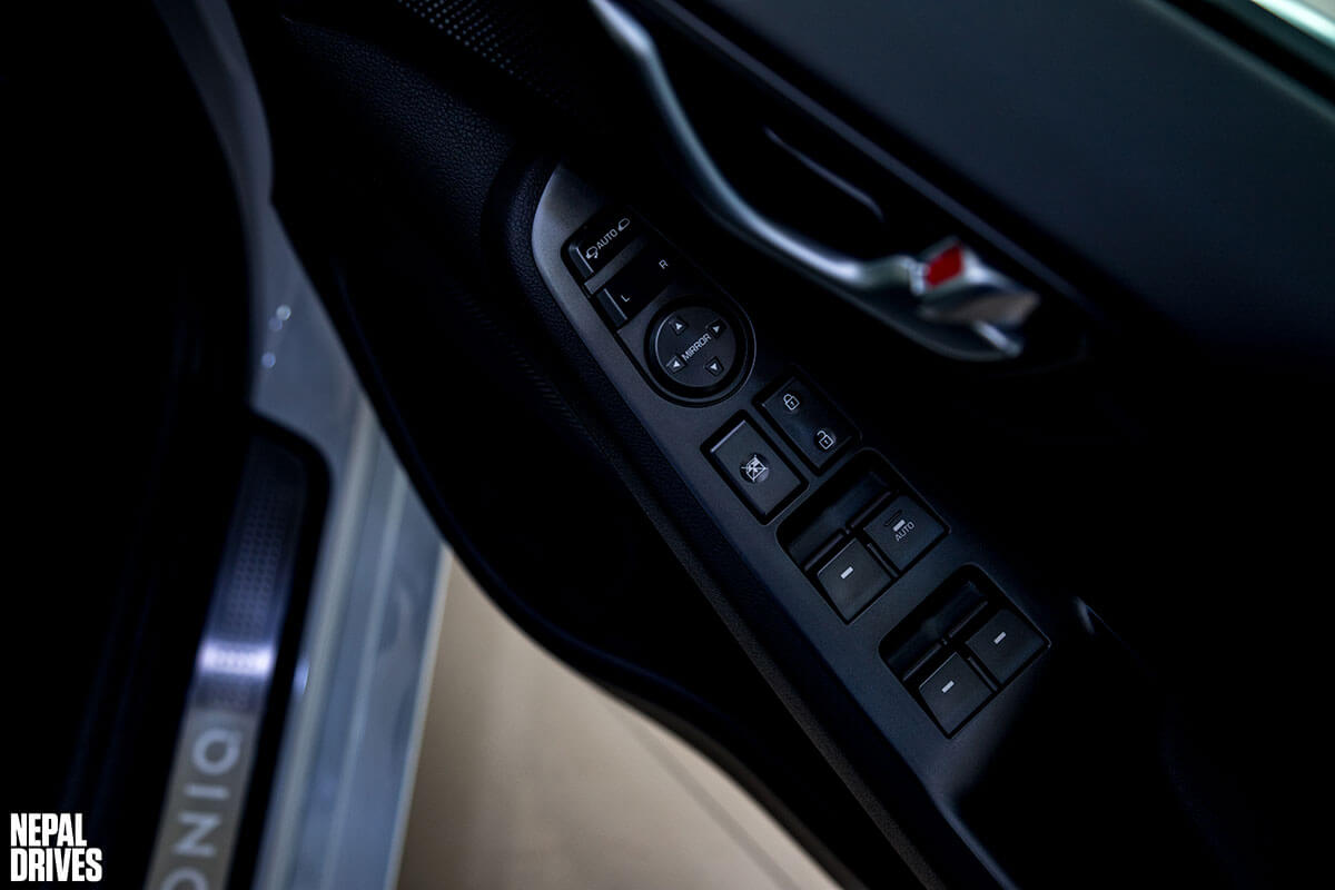 2020 Hyundai Ioniq 10
