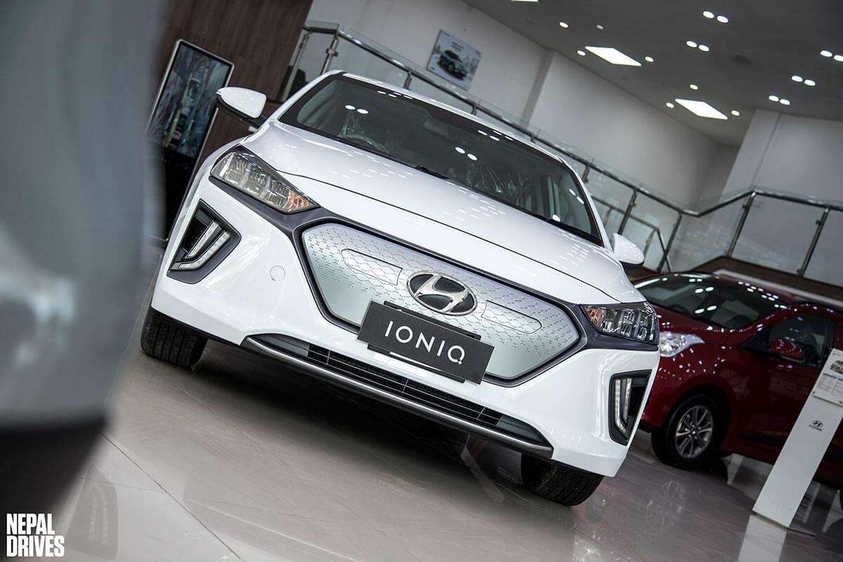 2020 Hyundai Ioniq 16