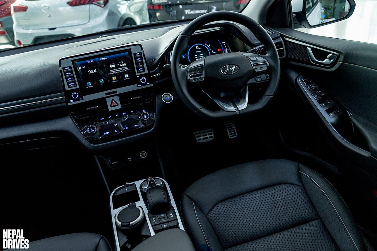 2020 Hyundai Ioniq 23