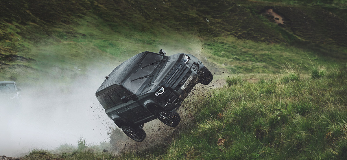 New Land Rover Defender Stunts No Time To Die Image1