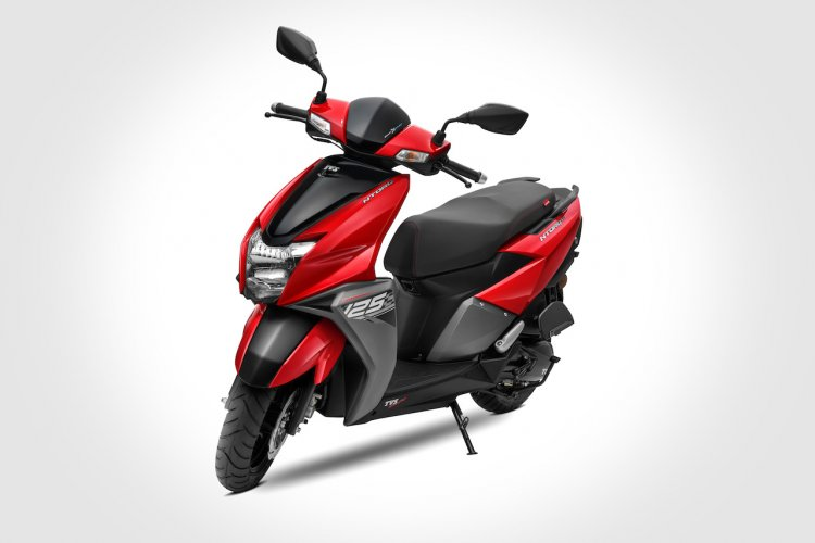tvs ntorq 125 metallic red front three quarters 4e20