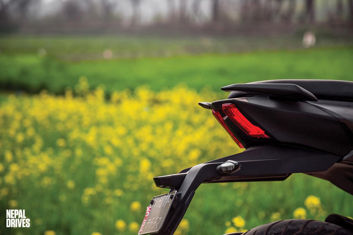 2020 Bajaj Dominar 400 Drives Test Ride Review Price Image10
