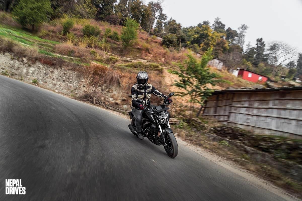 2020 Bajaj Dominar 400 Drives Test Ride Review Price Image6