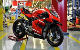 Ducati Superleggera V4 Production Starts Feattured Image