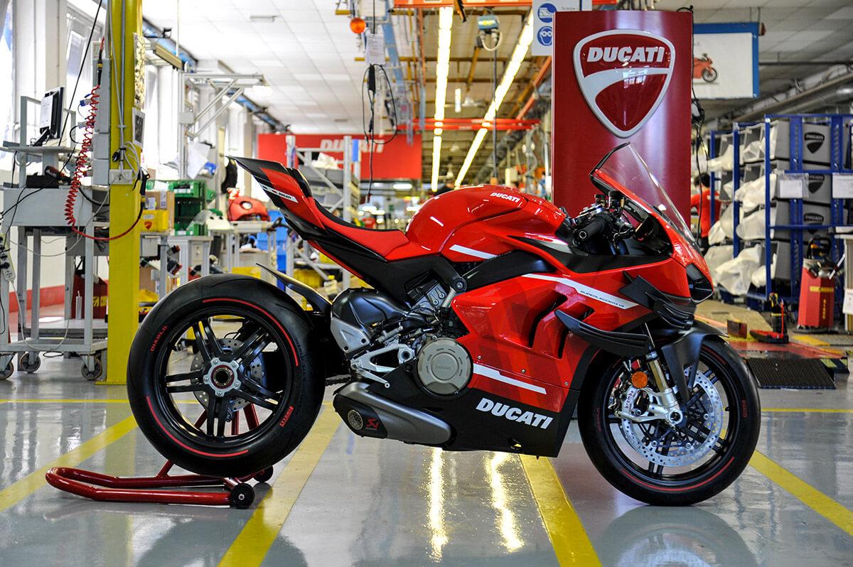 Ducati Superleggera V4 Production Starts Image3