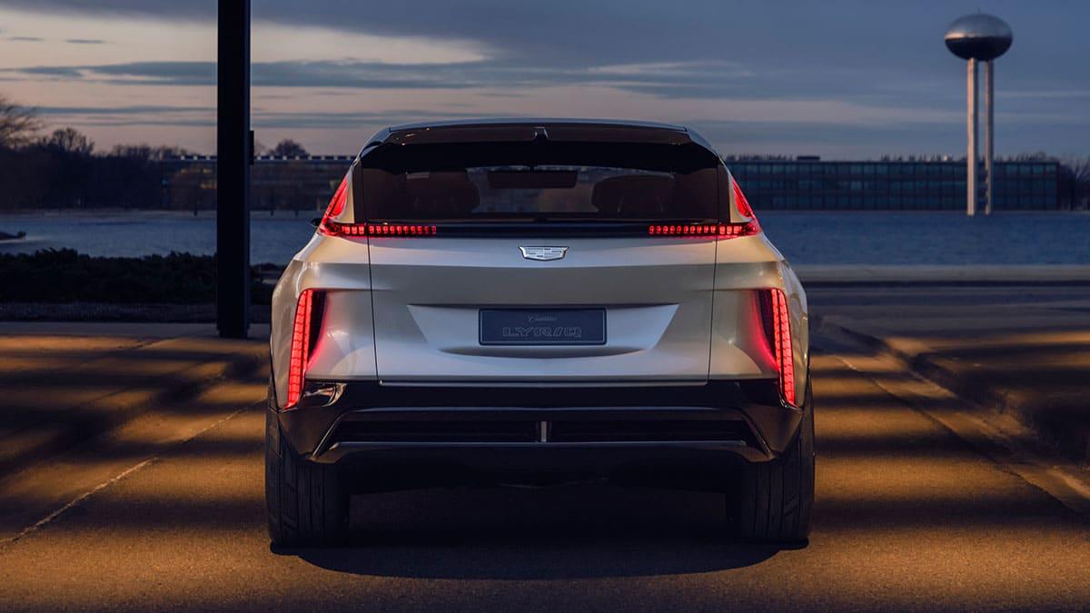 Cadillac Lyriq EV 4